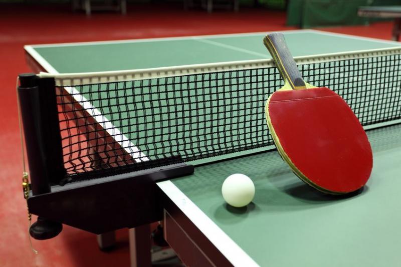 טניס שולחן ז + (ה)